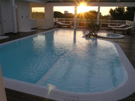 idromassaggio tramonto-piscina-2-per